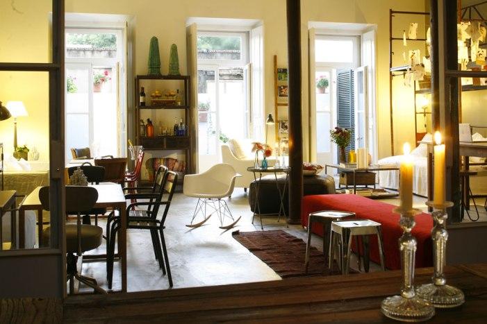 A Casa das Janelas com vista, living room