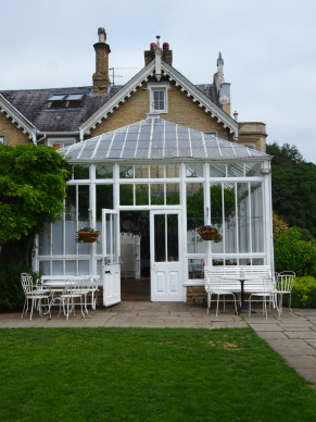 st-julians-club-greenhouse-restaurant-sevenoaks