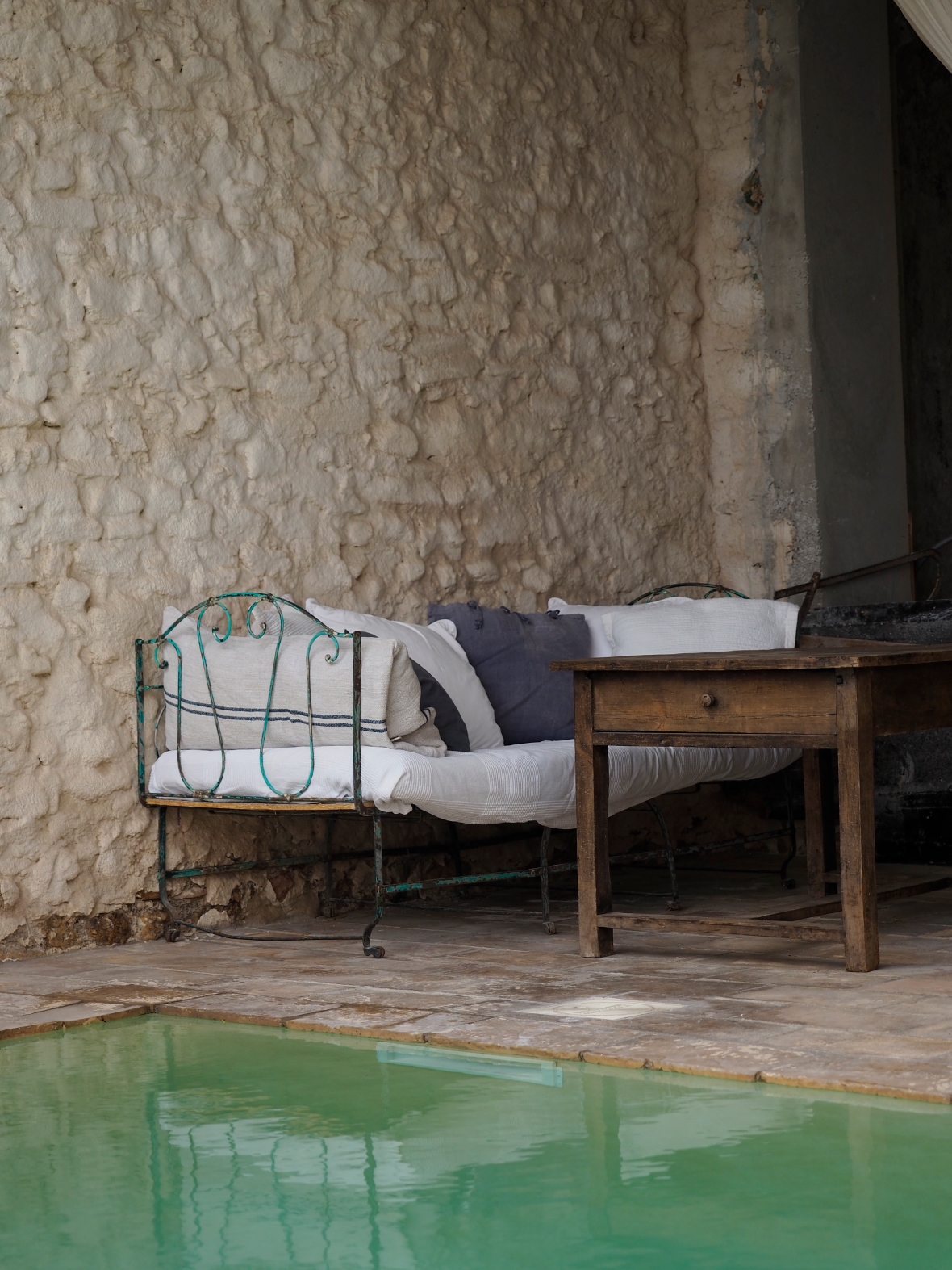 chambre-d-hotes-piscine-sud-de-la-france.jpg
