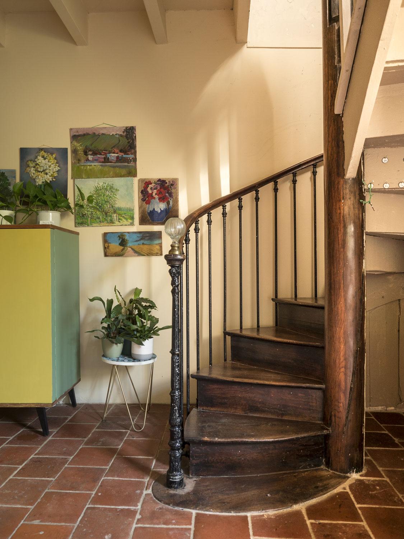 l-epicerie-de-venat-chambre-d-hotes-escalier-colimacon-web.jpg