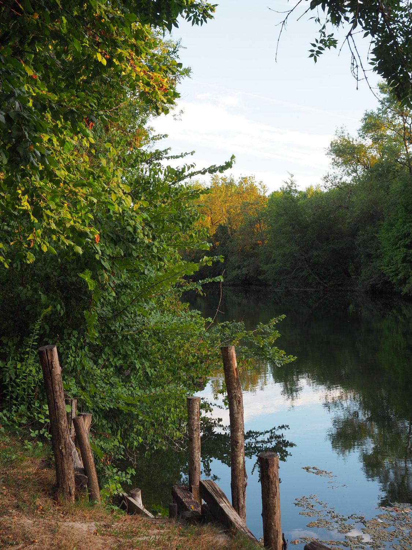 l-epicerie-de-venat-la-cabane-charente-automne.jpg