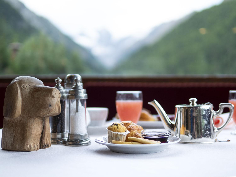 hotel-bellevue-cogne-valle-d-aosta-breakfast.jpg