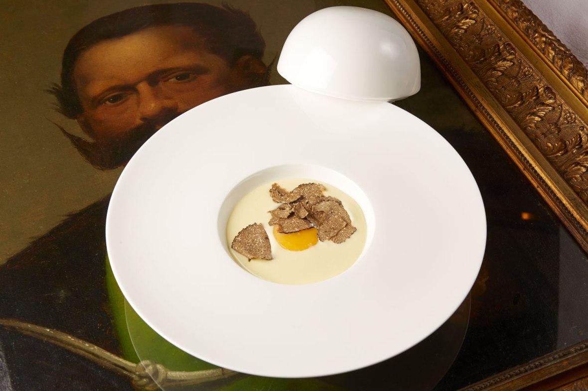 petit-restaurant-cogne-uovo-di-re-Vittorio.jpg